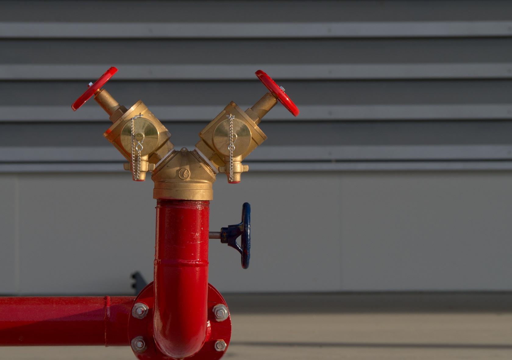 Tipos de válvulas para rede de incêndio: conheça os principais modelos